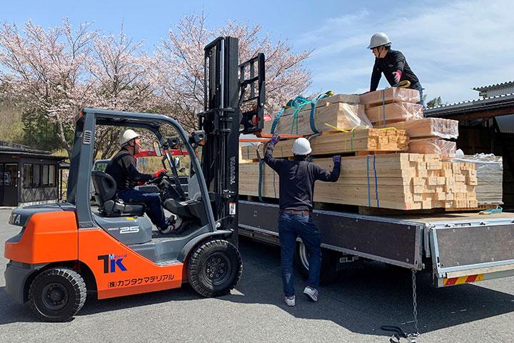 木材・建材・住宅設備機器の配送